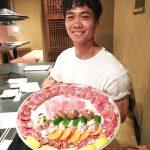 Công Phượng khoe món khoái thịt bò ở Nhật