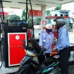 Chưa giảm giá xăng dầu