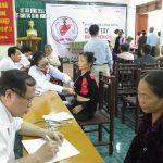 Bệnh viện trường Đại học Y Khoa Hà nội và Trung tâm công tác xã hội Nghệ An tổ chức khám, tư vấn và điều trị cho 800 bệnh nhân ở Đô Lương.