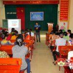 Quỹ tình thương TYM Đô Lương tổ chức sinh hoạt chuyên đề kĩ thuật trồng rau sạch cho hội viên phụ nữ xã Lưu Sơn.