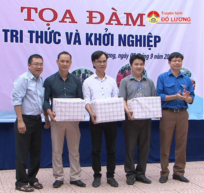 toa-dam-tri-thuc2