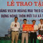 Công ty cổ phần xi măng vicem Hoàng Mai trao tặng xã Thuận Sơn 100 tấn xi măng