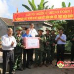 Cán bộ, chiến sỹ Trung đoàn 1, Sư 324 giúp xã Trù Sơn xây dựng NTM.