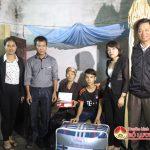 Đài Truyền thanh – Truyền hình nhận giúp đỡ cháu Trần Quốc Huy