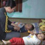 Gia đình có 2 con bị bệnh hiểm nghèo.