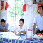 Ông Hoàng Văn Hiệp – Đại biểu HĐND huyện tiếp xúc cử tri tại xã Ngọc Sơn.