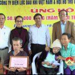 Hội hỗ trợ gia đình liệt sỹ tỉnh bàn giao nhà tình nghĩa cho bà Lê Thị Triển