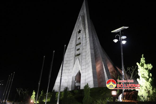 Truong-Bon6