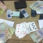 Công an Đô Lương bắt quả tang vụ đánh bạc
