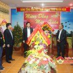 Lãnh đạo chính quyền, UBMTTQ huyện và các ban ngành đến chúc mừng huyện ủy nhân dịp kỷ niệm 87 năm ngày thành lập Đảng