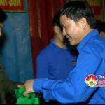 Đồng chí Phạm Tuấn Vinh – Bí thư Tỉnh đoàndự sinh hoạt liên chi đoàn tại xã Thượng Sơn và Văn Sơn.