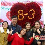 Công ty PrexVinh kết trái tim 1.000 bông hoa hồng tặng người lao động