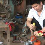 Nghị lực của chàng trai khuyết tật Lê Văn Mỹ, xóm 3, xã Lam Sơn