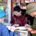 500 hộ dân thị trấn ký cam kết không tái lấn chiếm hành lang ATGT