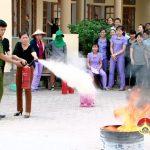Trường mầm non Thị trấn tập huấn phòng cháy chữa cháy