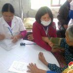 Công ty Bảo Việt Nhân Thọ – Tây Nghệ An tổ chức khám bệnh và cấp phát thuốc miễn phí cho các hộ nghèo và gia đình chính sách