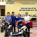 Đại lý Xe đạp điện Tiến Nam trao tặng quà hỗ trợ học sinh nghèo vượt khó