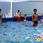 Đô Lương mở 5 lớp dạy bơi cho 300 em