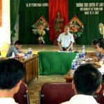 Thường trực huyện uỷ làm việc với Đảng ủy xã Trung Sơn.