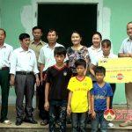 Chương trình nâng cánh ước mơ bàn giao nhà tình nghĩa cho gia đình chị Lê Thị Bình ở xã Đông Sơn.