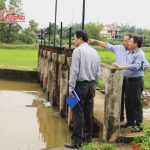 Chủ tịch UBND huyện kiểm tra các hồ đập trong mùa mưa lụt