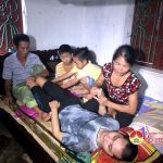 Ông Nguyễn Cao Tăng làm thợ hồnuôi vợ ung thư, con trai tai nạn nằm một chỗ.