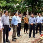 Đồng chí Ngọc Kim Nam – Chủ tịch UBND huyện kiểm tra tiến độ xây dựng các trường học