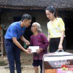 Đô Lương trao 5 triệu đồng cho 2 gia đình nghèo