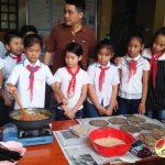 """Trường tiểu học thị trấn tổ chức hoạt động trải nghiệm sáng tạo với chủ đề """"vui hội trung thu"""""""