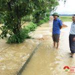 Đồng chí Nguyễn Trung Thành – Phó chủ tịch UBND huyện kiểm tra mưa lũ