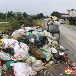 Xã Lưu Sơn: Tập kết rác trên Quốc lộ 7