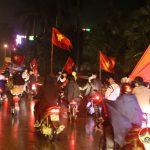Đô Lương hàng ngàn người tham gia diễu hành cổ vũ đội tuyển U23 Việt Nam