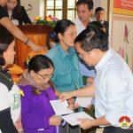 Quỹ từ thiện nhân duyên trao quà cho người nghèo tại xã Lưu Sơn