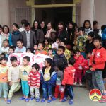 Hội nữ doanh nghiệp thành phố Vinh trao quà tới Trung tâm công tác xã hội tỉnh và Trung tâm bảo trợ xã hội tỉnh