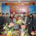 Khối Văn hóa – Xã hội huyện chúc mừng Huyện ủy nhân dịp kỷ niệm 88 năm ngày thành lập Đảng Cộng sản Việt Nam