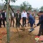 Huyện Đô Lương tổ chức lễ phát động trồng cây đầu xuân.