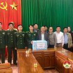 Lãnh đạo huyện Đô Lương thăm, tặng quà đồn Biên Phòng 543