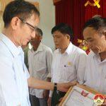 Hội CCB huyện tổ chức khen thưởng 13 tập thể và 5 cá nhân điển hình dân vận khéo.