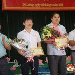 Huyện ủy tổ chức lễ trao thưởng các chi bộ trực thuộc cơ sở và các đảng viên được Tỉnh ủy tặng bằng khen năm 2017.