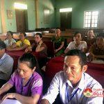 Hội phụ nữ huyện mở lớp dạy nghề nuôi ong ở xã Hồng Sơn.