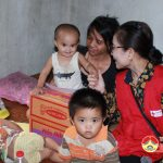 Đô Lương: trao 20 suất quà cho trẻ em nghèo