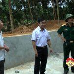 Đồng chí Ngọc Kim Nam – Bí thư huyện ủy – Chủ tịch UBND huyện kiểm tra các công trình phục vụ diễn tập phòng thủ huyện năm 2018.