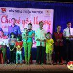"""Nhóm """" Đô Lương chia sẻ yêu thương"""" tổ chức đêm nhạc thiện nguyện giúp đỡ các gia đình có hoàn cảnh đặc biệt khó khăn ở xã Thượng Sơn."""