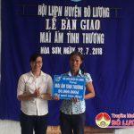 Hội LHPN huyện Đô Lương: Bàn giao nhà mái ấm tình thương cho chị Nguyễn Thị Quý ở xã Hòa Sơn.