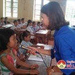 Đoàn xã Văn Sơn khai giảng lớp học hè tiếng Anh miễn phí