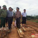 Đồng chí Ngọc Kim Nam kiểm tra công tác đảm bảo an toàn đập Quan Đồn, Đại Sơn