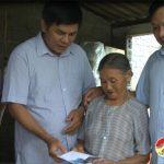 Lãnh  đạo huyện Đô Lương thăm và hỗ trợ  gia đình Ông Võ Tá Quý bị sập nhà