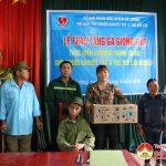 Hội bảo trợ người khuyết tật và  trẻ mồ côi Đô Lương trao 2400 con gà giống cho người khuyết tật