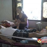 Chồng tai nạn liệt giường, gia cảnh kiệt quệ cần được giúp đỡ