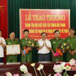 Lãnh đạo huyện Đô Lương khen thưởng đột xuất  cho công an huyện